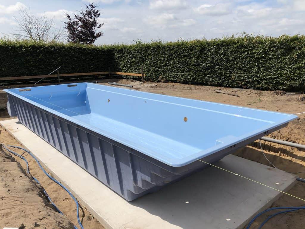 Polyester zwembad in Gelderland | Rhodos Project - Rhodos.nl
